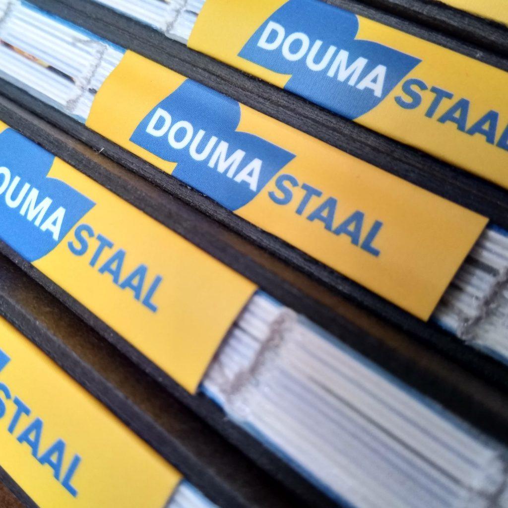 boek 100 jaar Douma Staal